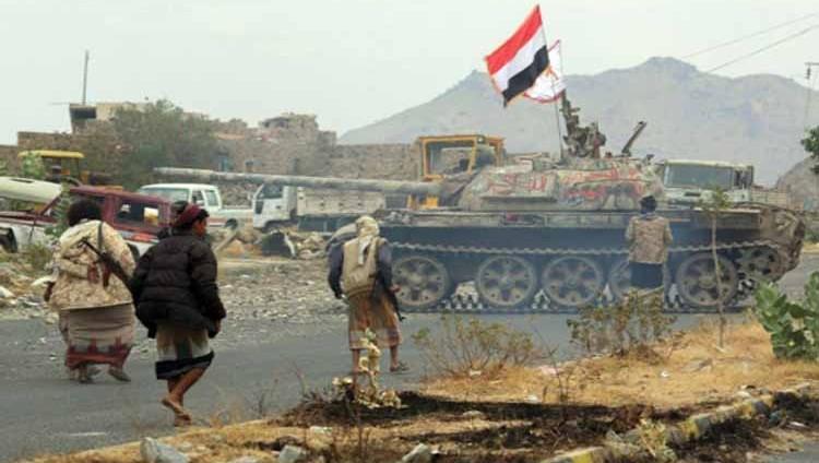مصرع وإصابة عدد من الميليشيات في انفجار مخزن للألغام بتعز