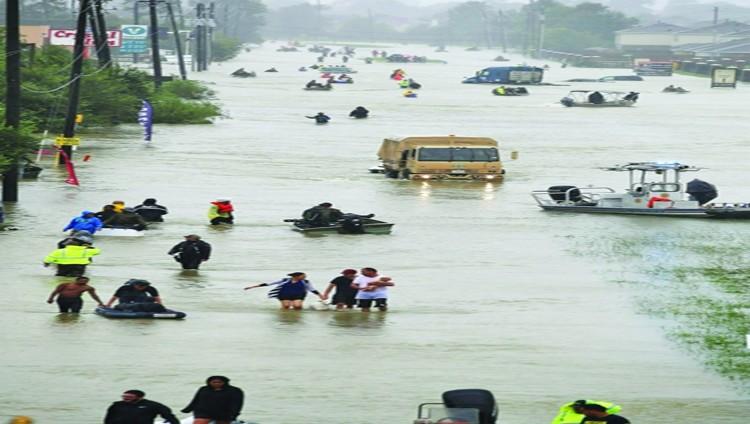 تكساس تغرق بمياه هارفي وطوارئ في لويزيانا