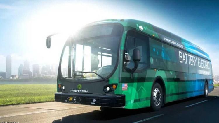 حافلة كهربائية تقطع 1800 كيلومتر من دون شحن
