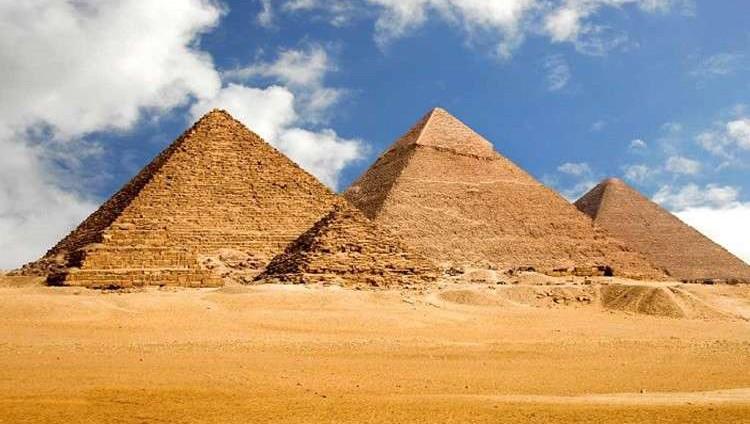 اكتشاف سر نقل أحجار الأهرامات الضخمة