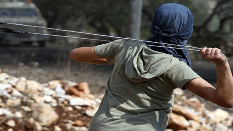 الاحتلال يعتقل فلسطينياً بزعم نيته تنفيذ عملية في «تل أبيب»