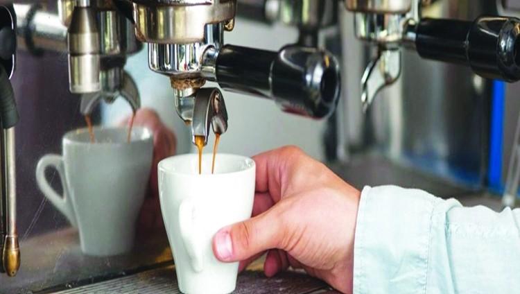 ماكينة القهوة بؤرة جراثيم