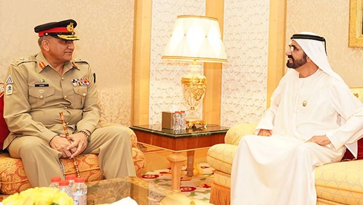 محمد بن راشد يبحث مع رئيس الأركان الباكستاني علاقات الصداقة والتعاون
