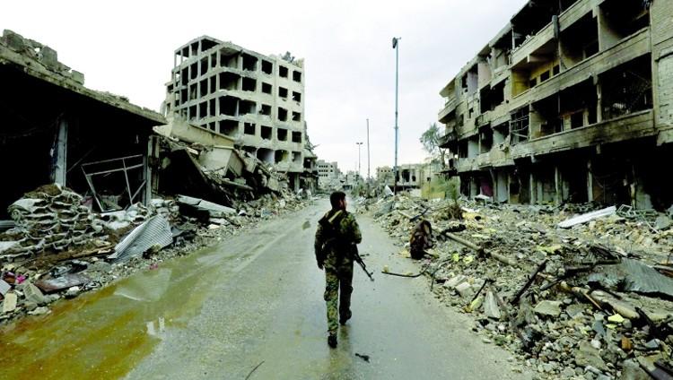 73 قتيلاً في معارك دير الزور بين قوات النظام و «داعش»