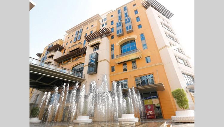 اقتصادية دبي ترخص مشاهير «التواصل الاجتماعي»