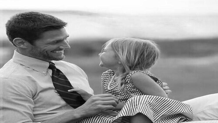 5 طرق تربوية تعزز ثقة الفتاة بنفسها
