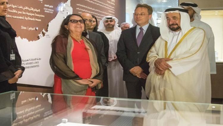 سلطان يفتتح مبنى «الشارقة للآثار» ومعرض «40 عاماً من التعاون مع فرنسا»