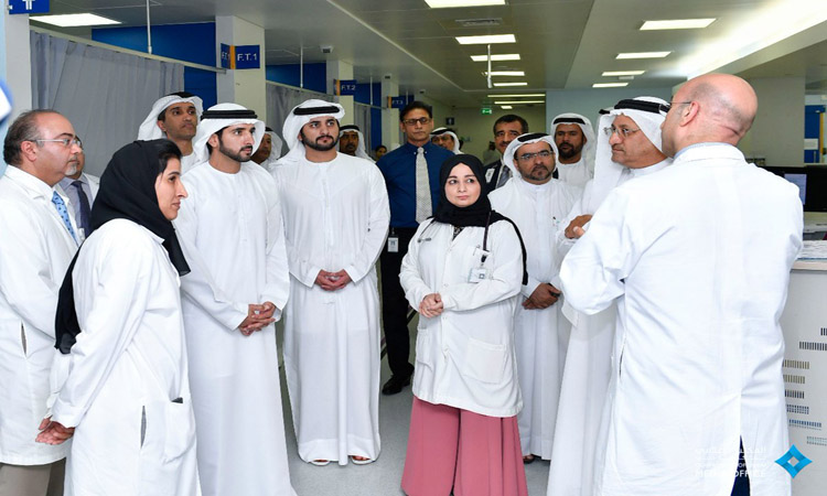 حمدان بن محمد يوجه هيئة الصحة بتقليل مدة الانتظار للحصول على موعد بالعيادات الخارجية التخصصية
