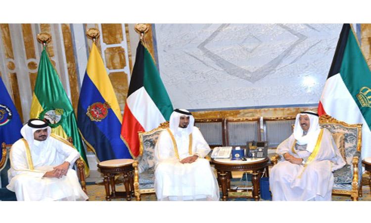 تميم يوفد شقيقيه برسالة «شفوية» إلى أمير الكويت