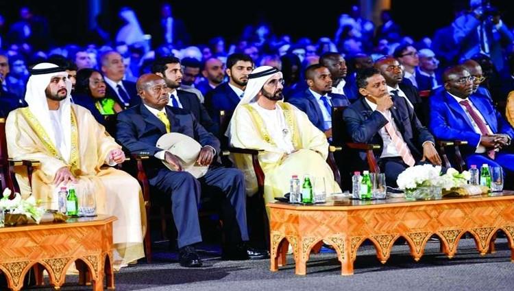 محمد بن راشد: الإمارات تولي اهتماماً واسعاً لتطوير علاقاتها مع إفريقيا