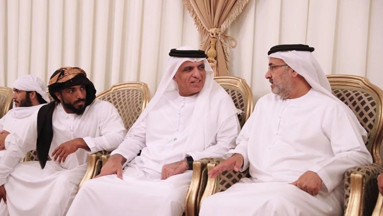 حاكم رأس الخيمة يعزي أسرة الشهيد عبدالله الحوسني