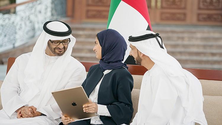 محمد بن زايد: الإمارات تعتمد على الطلبة المجتهدين الساعين لإثبات قدراتهم ومهاراتهم