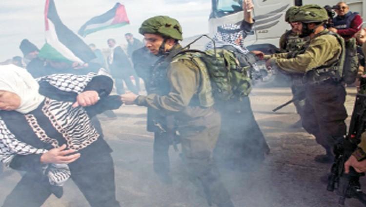 الاحتلال يقمع مسيرات بالضفة ويهدم منشأتين جنوب الأقصى