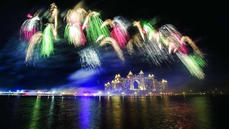 الإمارات تستعد لخطف أنظار العالم في ليلة رأس السنة