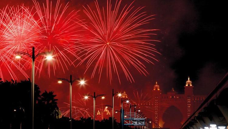 أفضل المواقع لمشاهدة عروض الألعاب النارية ليلة رأس السنة في دبي