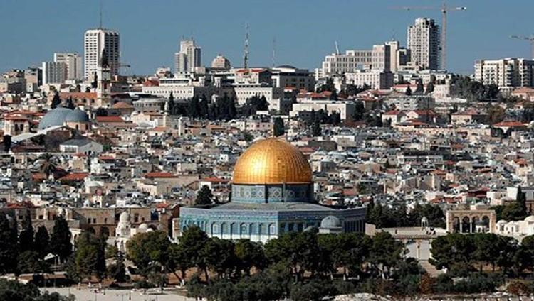 عباس: اعتراف ترامب بالقدس عاصمة لإسرائيل ينهي عملية السلام