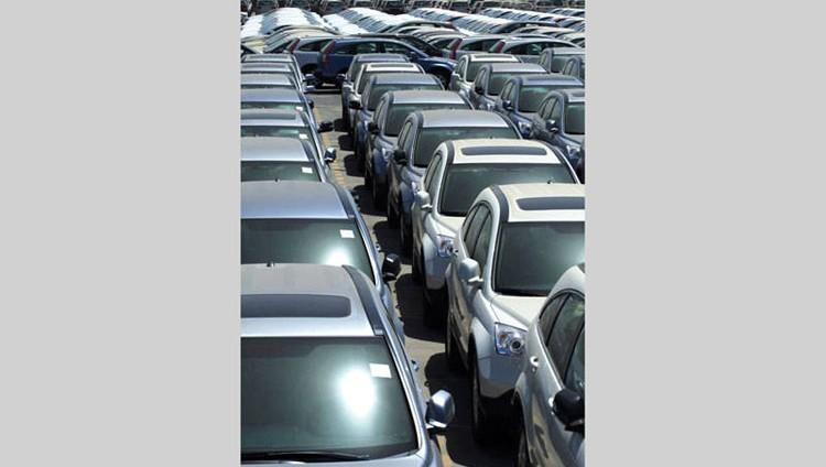 هدوء في الطلب على مبيعات السيارات الجديدة