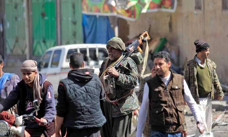مصير مجهول لـ 15 فتاة اعتقلهن الحوثيون