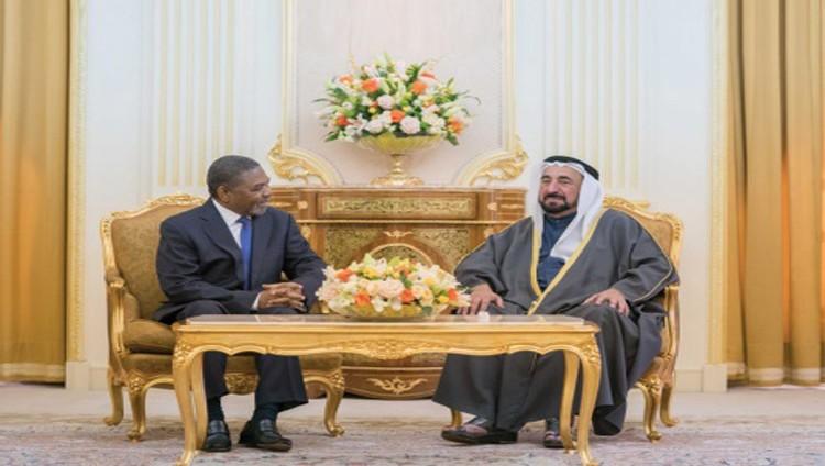 سلطان ورئيس زنجبار يبحثان توطيد العلاقات الثقافية والاقتصادية