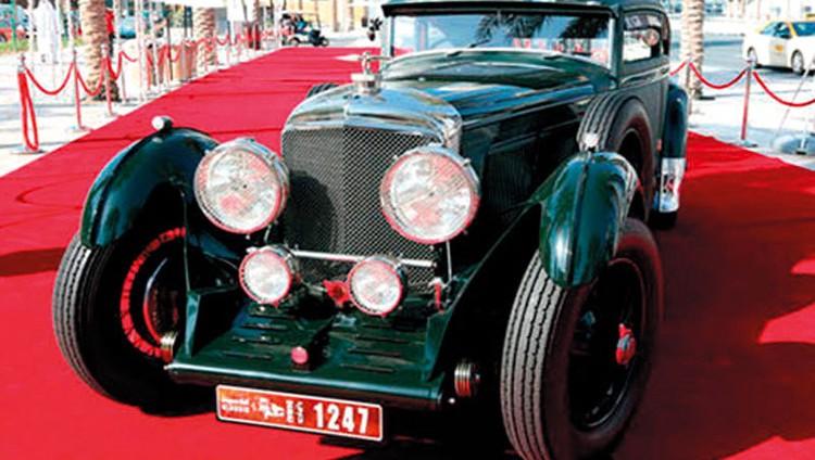 إنجاز وضع شروط نقل الركاب بالسيارات الكلاسيكية في دبي