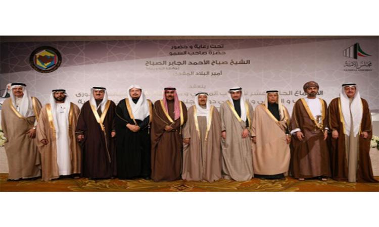 أمير الكويت: في الخليج نواجه عقبات ويجب توحيد الجهود