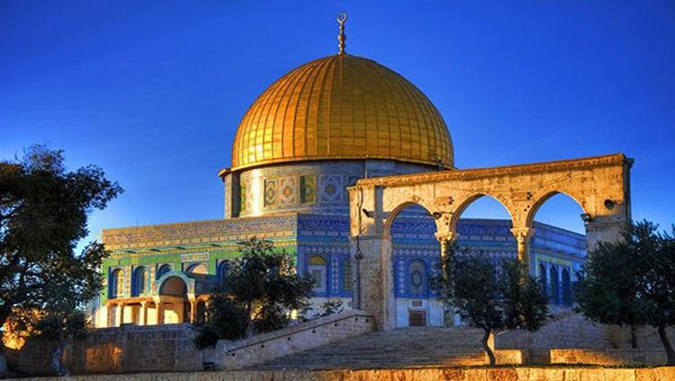 عباس يوجّه بـ«تصويب» العلاقة مع واشنطن