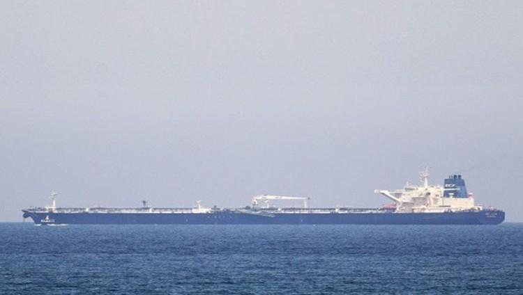 الإمارات : تهديد الملاحة البحرية توثيق جديد لإرهاب الحوثي