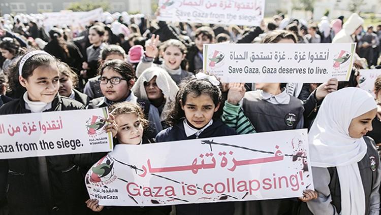 تحذيرات من انهيار اقتصاد غزة والدخول في مواجهة عسكرية