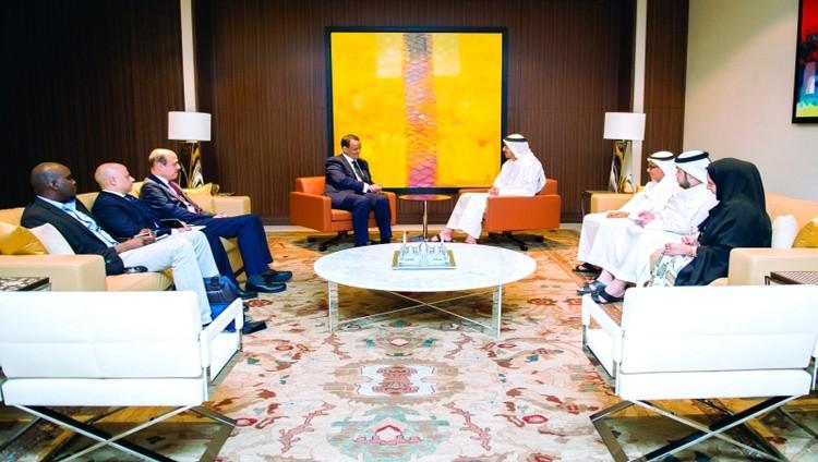 عبدالله بن زايد: الإمارات تدعم الجهود الأممية لحل سياسي في اليمن