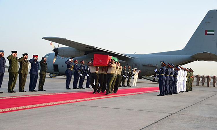 وصول جثمان الشهيد المسماري إلى مطار البطين بأبوظبي