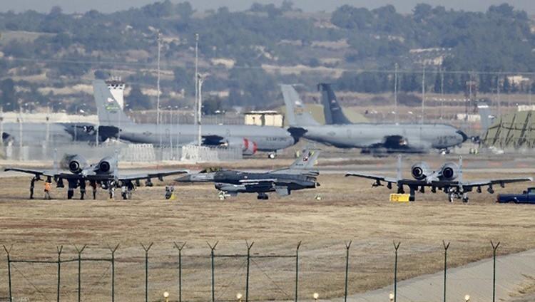 تركيا تعتزم إنشاء أول قاعدة جوية في مطار بإدلب