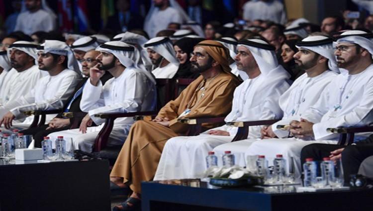 الإمارات تطلق تحالفاً عالمياً للسعادة.. و«إكسبو 2020» يعززها دولياً