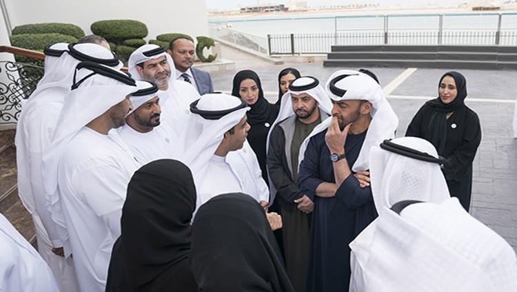 محمد بن زايد : تعزيز سمعة الدولة وإعلاء شأنها أمانة في أعناق الشباب