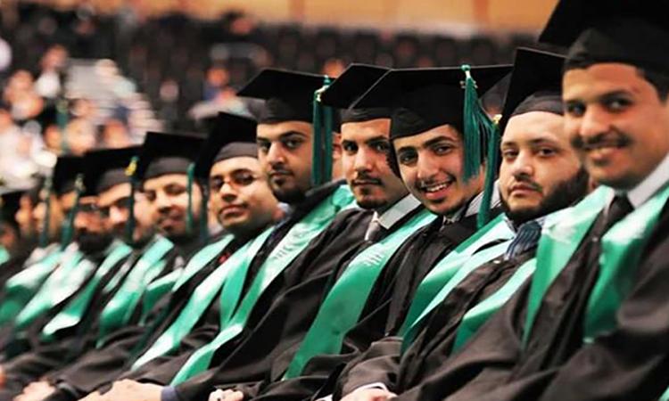 """السعودية: مكافأة بـ""""ألفي دولار"""" لجميع الطلاب المبتعثين حول العالم"""