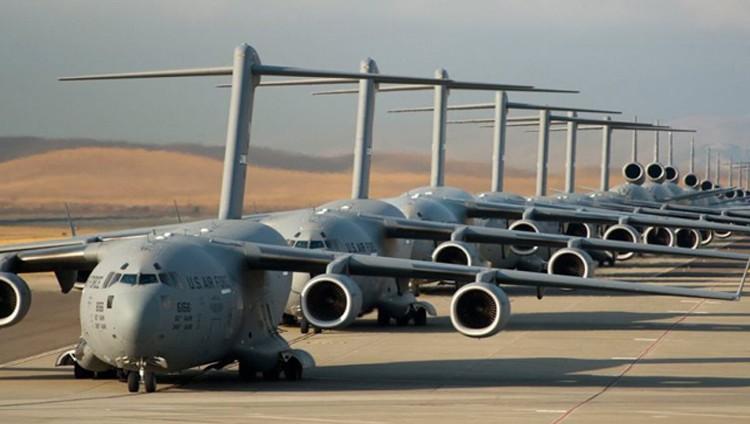 """الكونجرس يدرس نقل قاعدة """"العديد"""" العسكرية من قطر"""