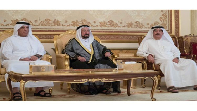 سلطان والمعلا وسعود بن صقر والشيوخ يتقبلون التعازي بوفاة أحمد بن محمد بن سلطان