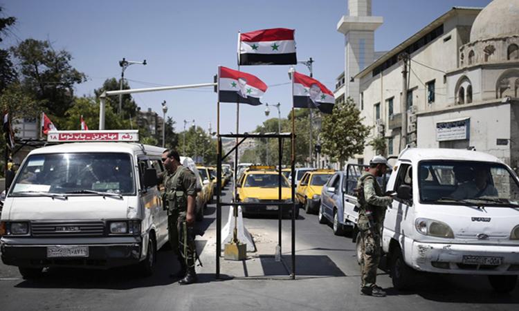 استنفار في قوات النظام السوري تحسبا لضربات محتملة