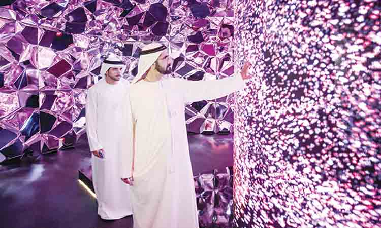 حمدان بن محمد: نعمل على تحويل دبي إلى مركز عالمي لصناعة المستقبل