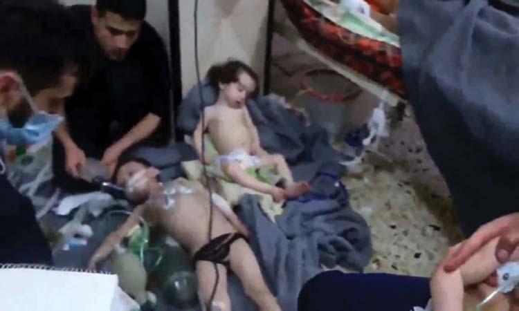 ترامب يتوعد الأسد والمسؤولين عن «الكيماوي» ب «ثمن باهظ»