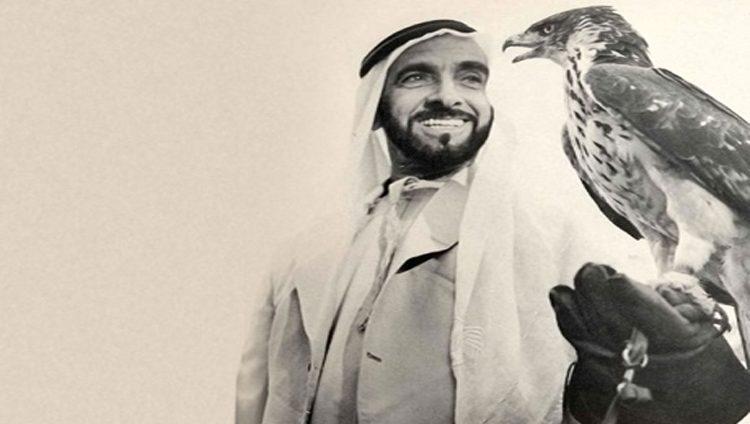 الشيخ زايد.. رائد الصقارين وحامي التراث الأول