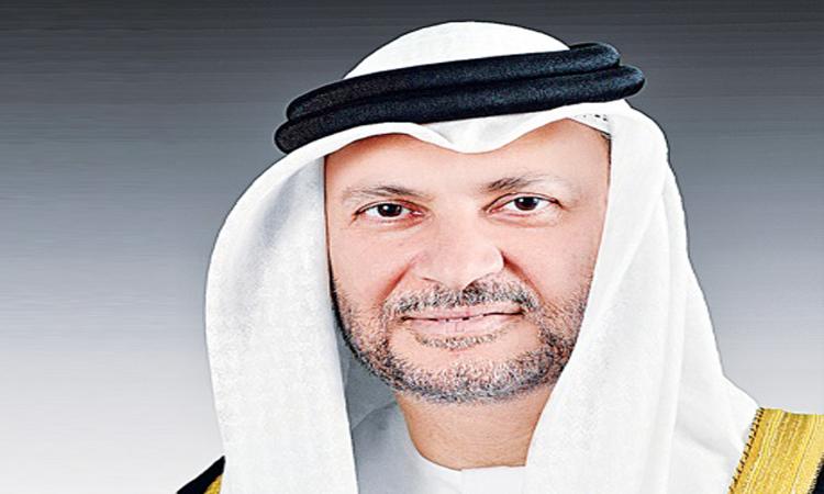 قرقاش: قطر لن تخرج من أزمتها بهدر أموالها على شركات العلاقات العامة