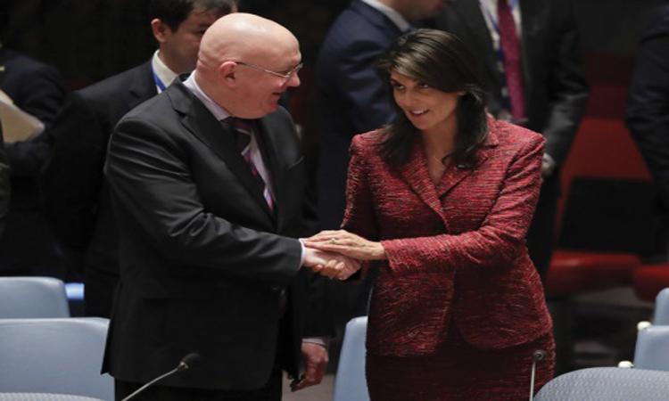 انقسام دولي بمجلس الأمن.. وواشنطن تتأهب لضرب سوريا