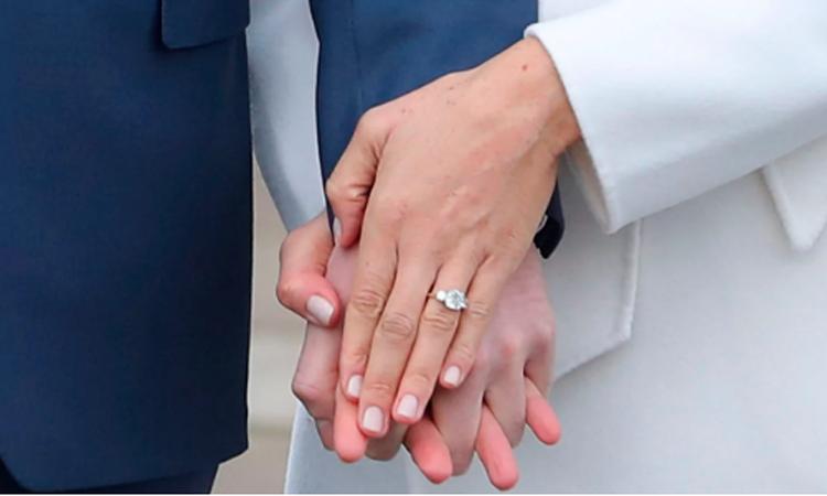 الأمير هاري يصمم بنفسه أغلى خاتم ذهب لعروسه الأميركية