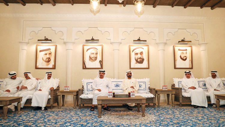 محمد بن راشد يستقبل هزاع بن زايد في مجلس الشندغة التراثي بدبي