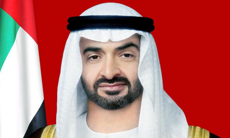 محمد بن زايد يهنئ رئيس الدولة ونائبه والحكام وشعب الإمارات والمقيمين