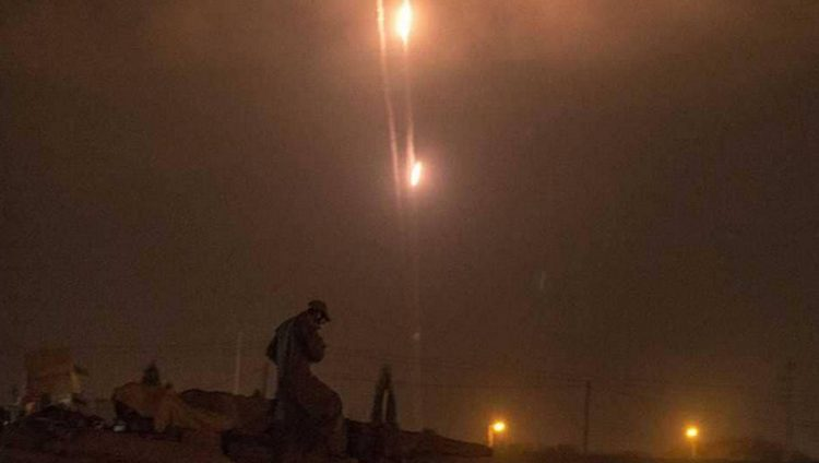 غارات جديدة على قطاع غزة وإسرائيل تنفي التهدئة