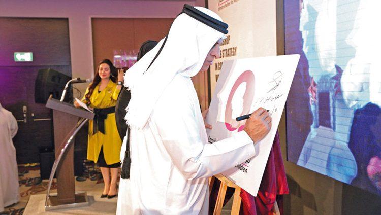 حاكم رأس الخيمة: الإمارات تخطت مرحلة تمكين المرأة إلى القيادة التنفيذية