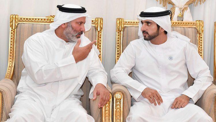 حمدان بن محمد يعزي أسرة الشهيد سعيد الهاجري