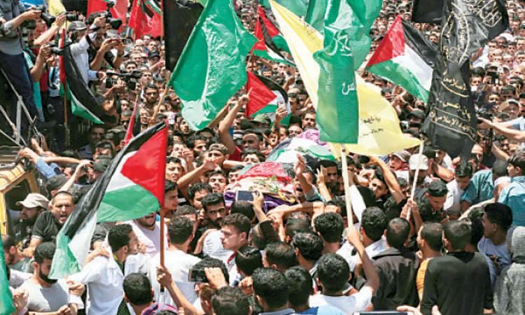 شهيد جديد وتشييع الشهيدة رزان وسقوط صواريخ في إسرائيل
