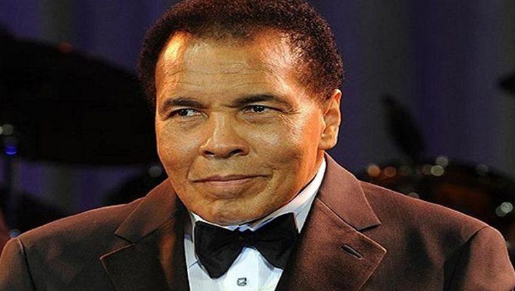عائلة الملاكم محمد علي لترامب: لا نحتاج لعفو